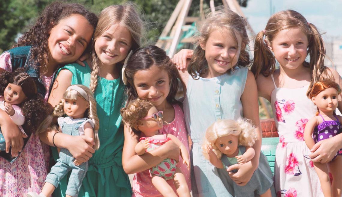 OG dolls with girls