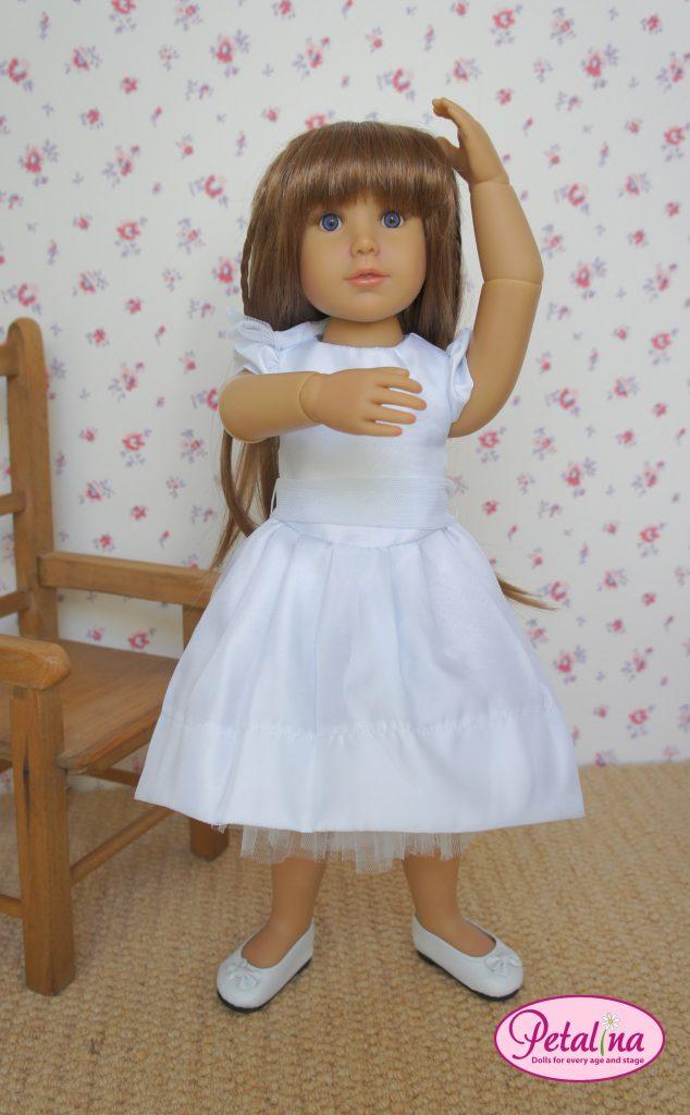 doll doing ballet
