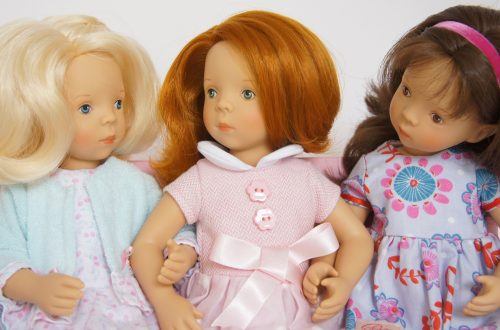 The three minouche dolls